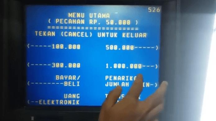 Cara Ambil Uang di ATM Mandiri