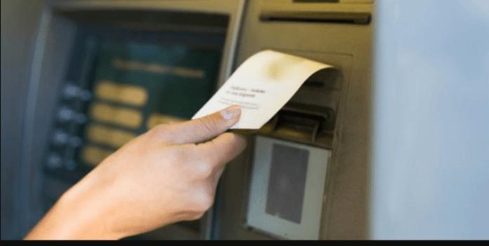 Suka Menyimpan Struk ATM? Ketahui Bahayanya Dari Sekarang