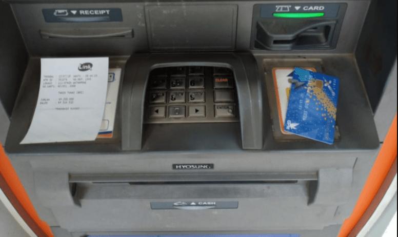 kartu atm tidak mengeluarkan uang
