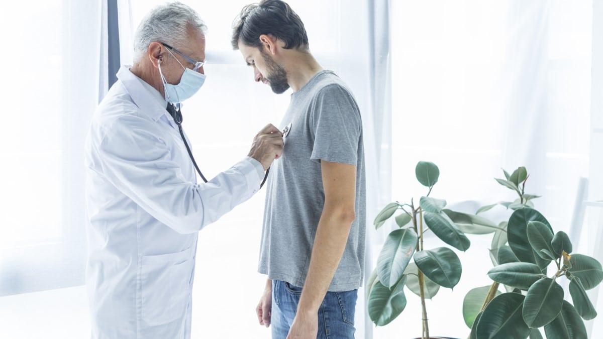 Abierta convocatoria para cubrir 69 puestos de médicos de atención primaria y 38 para Urgencias en el Servicio Navarro de Salud