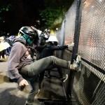 პორტლენდისა და სიეთლის პოლიცია: ეს საპროტესტო აქციები რეალურად, ამბოხია