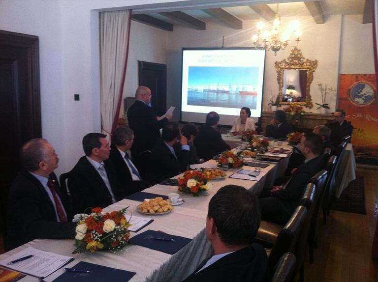 """Seminarul """"Oportunităţi de colaborare  intre portul Constanta si portul Aktau  la Marea Caspică. Strategia de transport a Kazahstanului"""""""