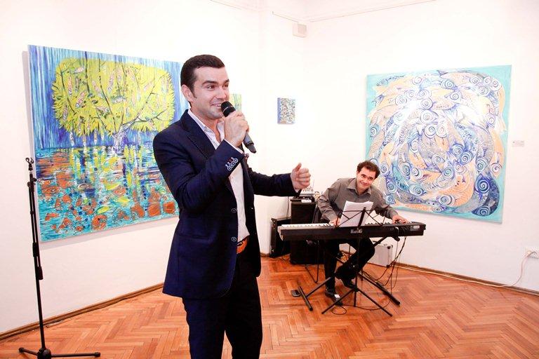 Vlad Miriţă a cântat la vernisajul pictoriţei Paula Vlădescu!