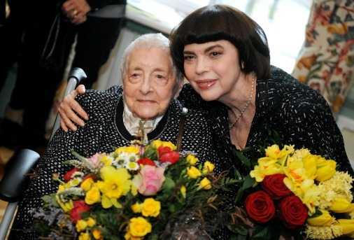 Mireille Mathieu, pretentii de diva la concertul din Bucuresti