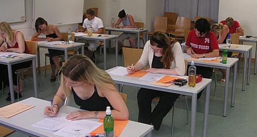 5135 de elevi constănțeni susțin simularea evaluării naționale pentru absolvenții clasei a VIII-a, 2021