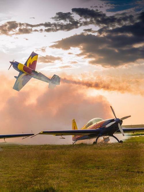 AEROMANIA -  show aviatic la malul mării