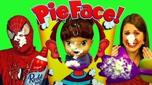 Pie Face, jocul anului 2015 ajunge în România