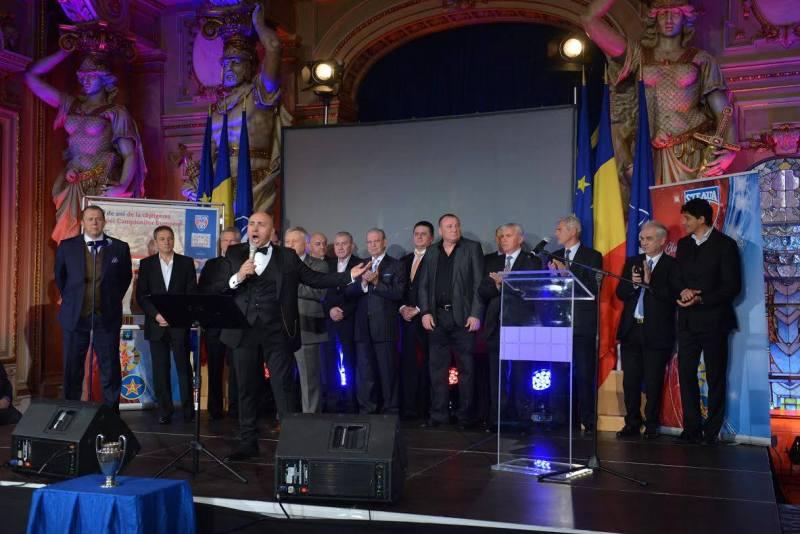 La 30 de ani de când Steaua a câştigat Cupa Campionilor Europeni, Marcel Pavel a cântat cu legendele fotbalului românesc!