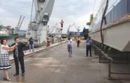 CERONAV  lanseaza la apa pontonul deacostare