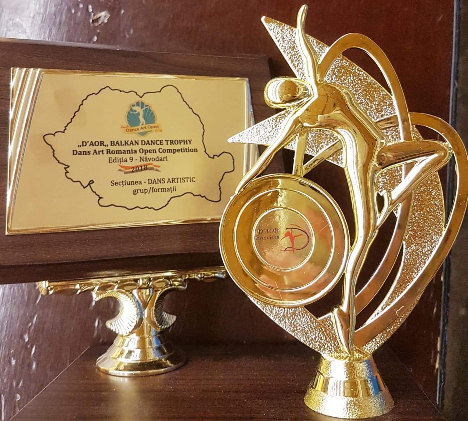 TROFEUL Dans Art Romania Open – D,AOR Dance Balkan TROPHY – câștigat de dansatorii scolii de dans Joy2Dance din Constanta