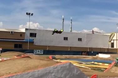 Video: Concurso de backflips con Edgar Torronteras en Alhaurín de la Torre