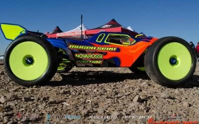 Adam Drake y sus Mugen MBX7R en la Dirt Nitro Challenge