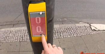 Video de los Viernes - ¡Juega al Pong hasta que el semáforo se ponga verde!