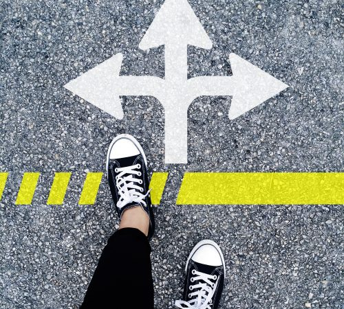 choose-the-right-direction-1536336_1920