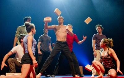 la-troupe-les-7-doigts-de-la-main-et-sa-nouvelle-creation-sequence-8-copy