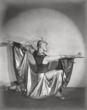 photography-maurice-goldberg-the-dancer-harald-kreutzb
