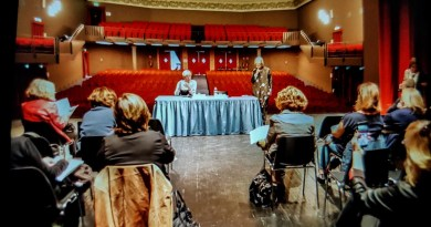 <em>La lezione a teatro<em> per riflettere sul fenomeno del bullismo