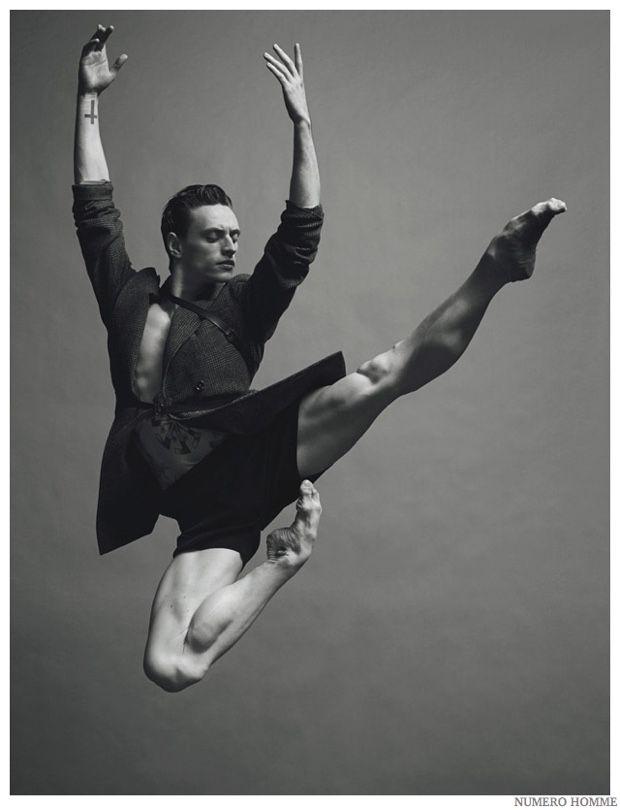 grande Dick Dance
