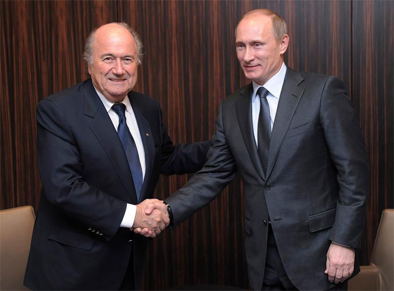 Blatter-Putin-shaking-hands