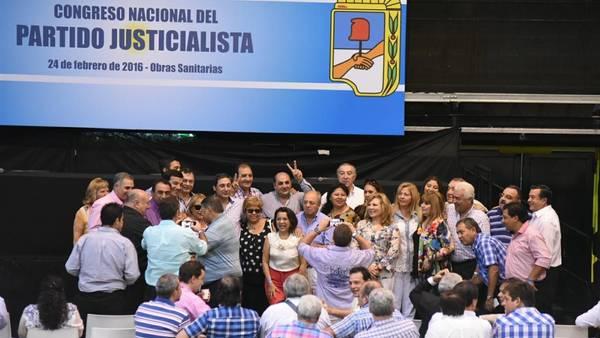 Congreso-Sanitarias-Pedro-Lazaro-Fernandez_CLAIMA20160224_0074_28