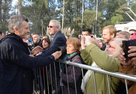 Macri-Foto3