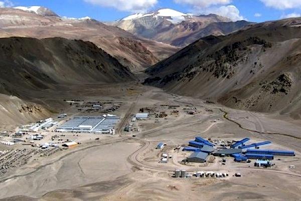 barricks-veladero-gold-mine-in-argentina-halted-over-cyanide-leak