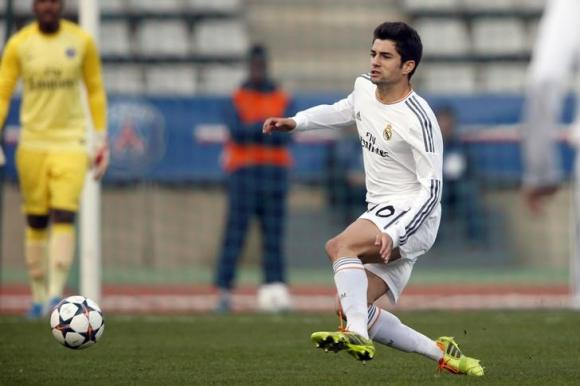 Living Up to His Dad's Expectation: Enzo Debuts for Real B Team. Image: AFP.