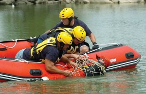 Inflatalbe-Boat-Rescue-1