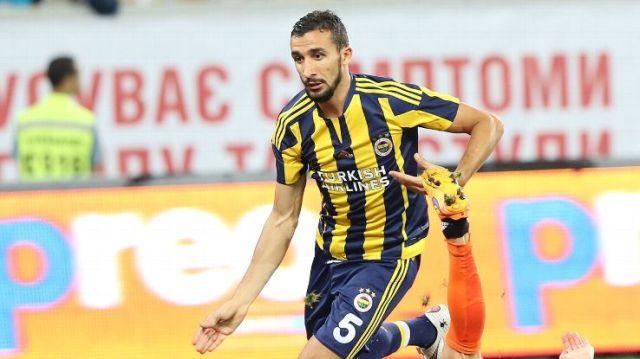 Mehmet Topal, Fenerbahce Midfielder Survives Gunfire