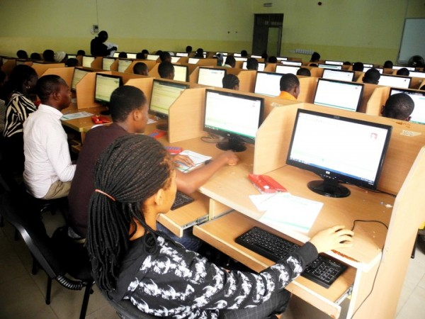 PIC.19.  STUDENTS WRITING THE JOINT ADMISSION AND MATRICULATION BOARD  COMPUTER BASED EXAMINATION AT YABA COLLEGE OF TECHNOLOGY IN LAGOS ON  TUESDAY (20/5/14). 3115/20/05/2014/WAS/AIN/NAN