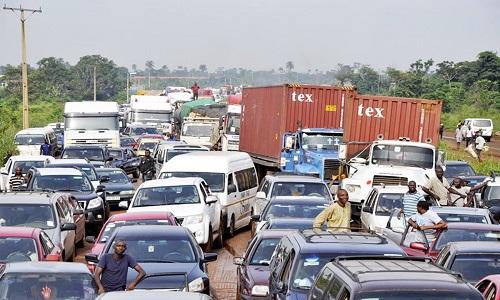 Traffick-Gridlock-on-Lagos-Ibadan-Expressway