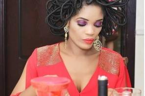More Photos Of The 40 Million Hair Which Has Nigerians Talking