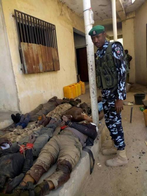 The Summit Reno >> Graphic Photos Of Nigerian Police Officers Reportedly ...