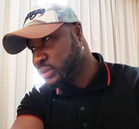 harrysong - Video: Watch live maggot being removed from Harrysong's body