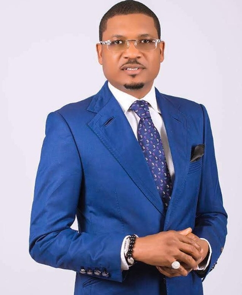 2019 elections quilox club ceo shina peller declares intention for a political office - #NigeriaDecides: Davido hails Quilox club owner, Shina Peller on his victory