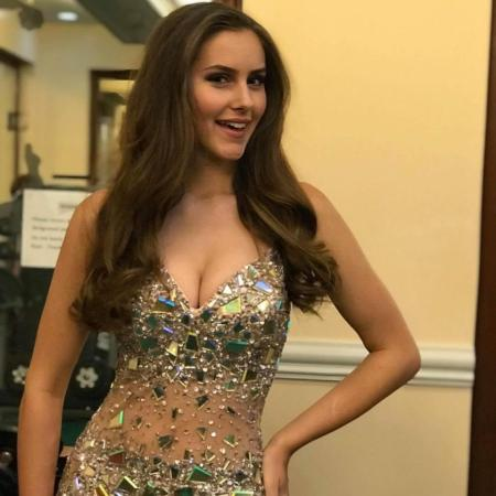 beauty queen accuses pageant organizers of offering