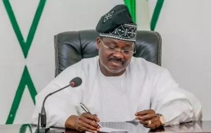 how i broke the second term jinx in oyo state ajimobi - Mixed Reactions Trail Oyo State Governor, Ajimobi, Statement That He Is Leaving Oyo State Better Than He Met It