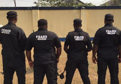"how sars shot me but bullet couldnt penetrate fortified man narrates - Yessy Gold: Police Release Pictures Of Officers Who ""Allegedly"" Fired The Shot"