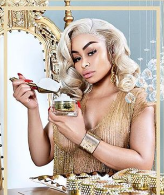 American Mannequin, Blac Chyna Stuns In Amazing Sexy Swimsuit