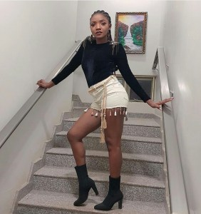 """singer simi slams a fan who tried to compare her with teni - What Singer, Simi, Has To Say About """"Gruesome"""" Murder Of Kolade Johnson By SARS Is A Must Read"""