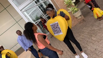 IMG 1226 - Nkem Owoh, MTN, Samsung, celebrate Valentine's Day with a difference at Enugu mall in #MTNLoveBox campaign