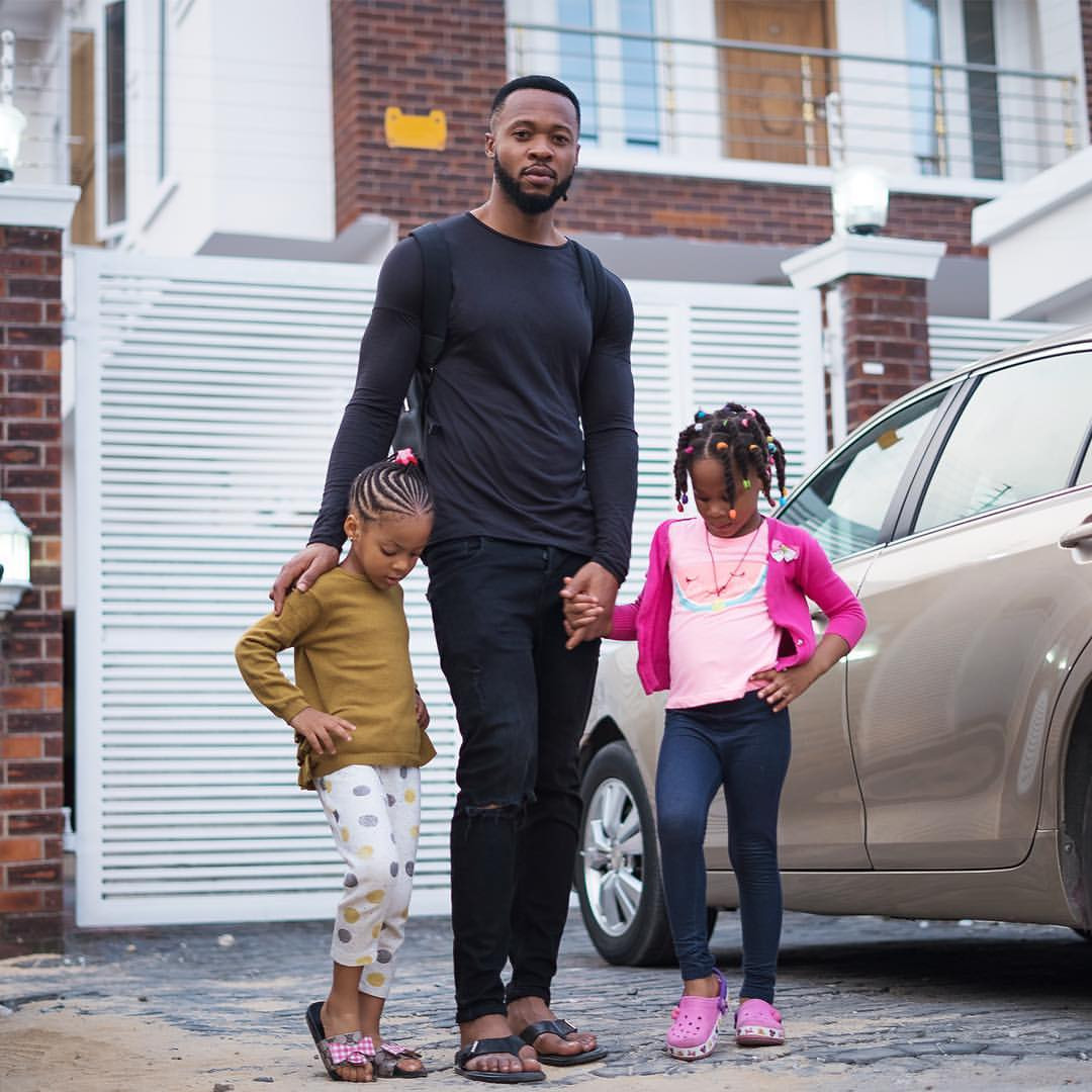 5ca05d6245453 - [Photos]: Awww! Flavour releases adorable new photos of his daughters