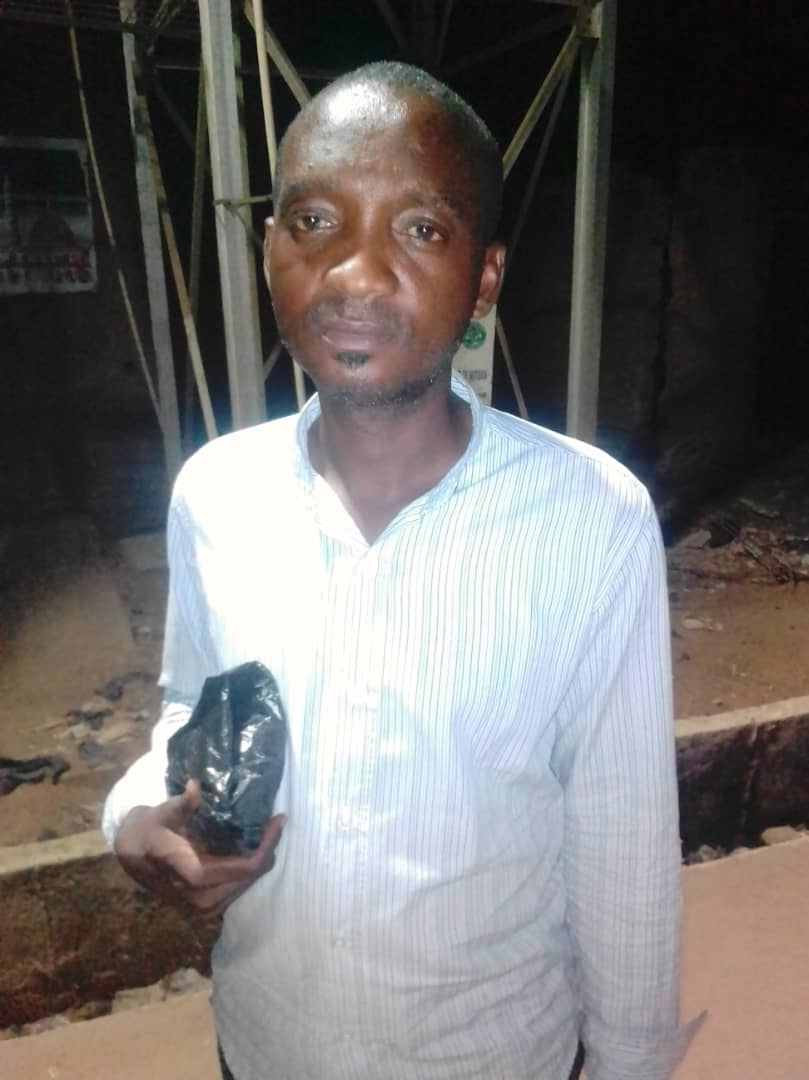 D0peI4VXgAAAeji - Man Sacked By Kwara State Government For Involving in Politics [See Pictures]
