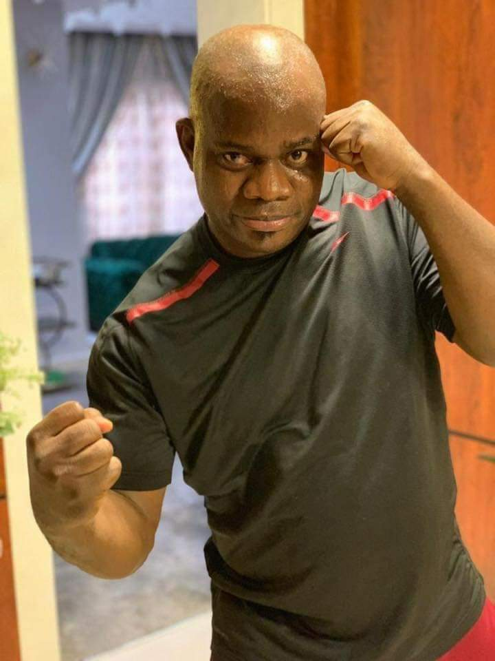 D13DlKjWwAEilF  - Yahaya Bello prepares for 'boxing' match [See pictures]