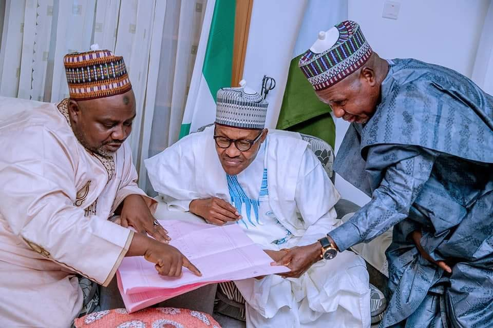 D1ZwZsUXQAEpCBo - 'Election was free and fair'- President Buhari