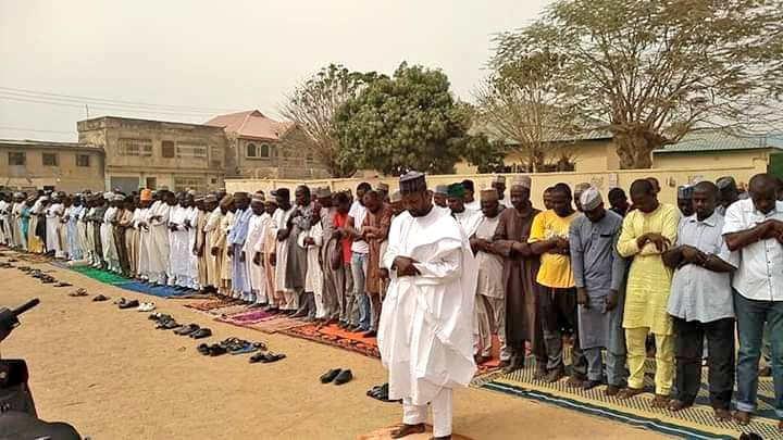 D1sT1XgX0AMDzin - #KanoDecides: APC, PDP embark on 'spiritual' campaign ahead of re-run election [See pictures]