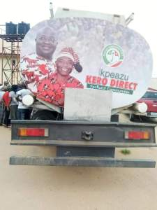 FB IMG 1551891533346 - Governor Ikpeazu campaign with 'free Kerosene' [See pictures]