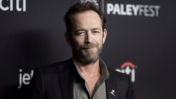 luke perry - Hollywood actor Luke Perry dead at 52