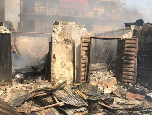 9133071 5ca995817c4da jpegf1b6fced046e314a7a015e6ced9bff2f 4 - See Pictures: Fire outbreak destroys market in Lagos