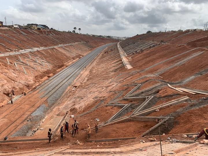 9143378 d3n9ypwkais0dp jpegfaf5f75a4ebc11ad6b7d40027831b958 - Amaechi Visits Lagos-Ibadan Railway Construction Site [See Pictures]